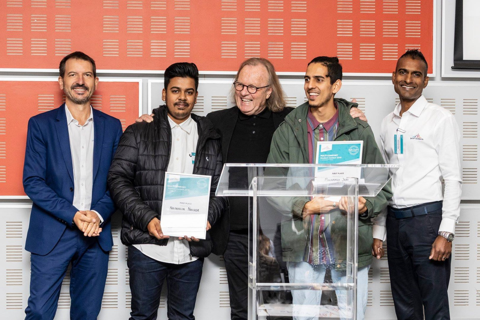 Architecture students Mr Neeshailin Naicker (second left) and Mr Mohammed Shah (second right) walked away with first prize at the South African Saint-Gobain Multi Comfort Student Contest.